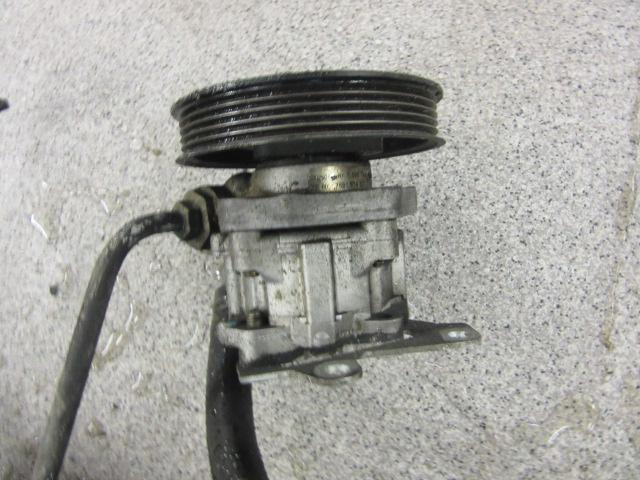 Ohjaustehostimen pumppu e39